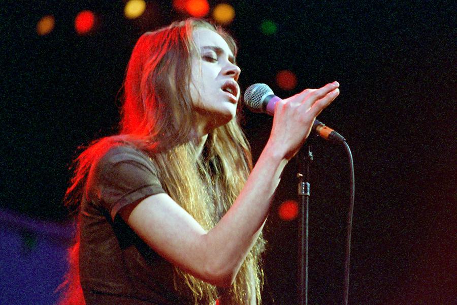 Setlist History: Fiona Apple's Very First US Show | setlist fm