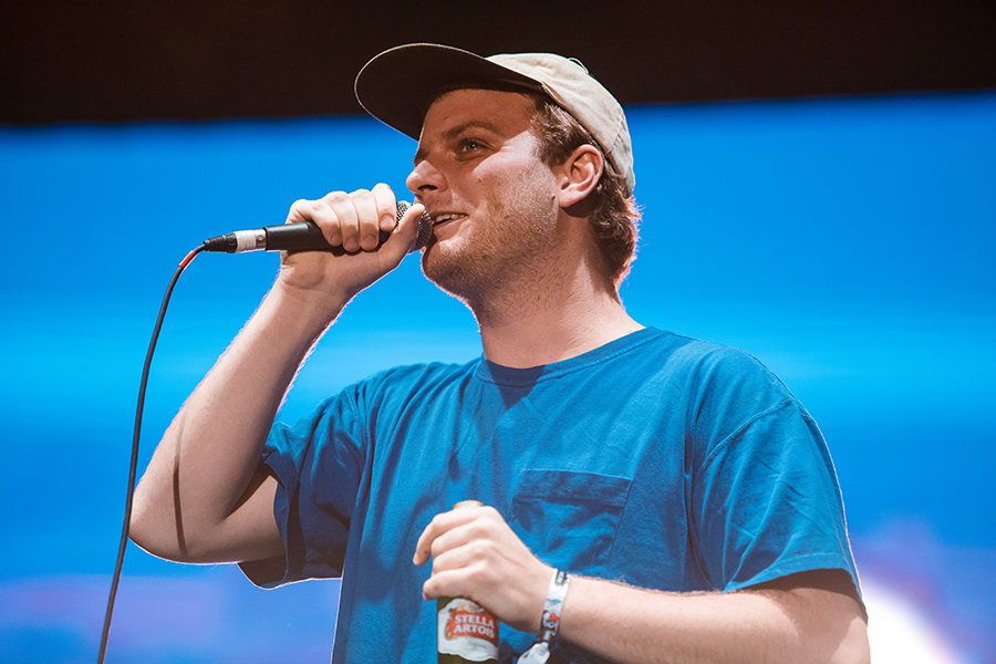 Mac Demarco Performed Here Comes The Cowboy In Full At The Echo Setlist Fm There's no turning back to nobody there's no second chance no third degree. https www setlist fm news 04 19 mac demarco performed here comes the cowboy in full at the echo 53d6b70d